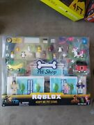 Roblox Adopt Me Pet Store 40 Pc Celebrity Collection Play Set New Box Damage
