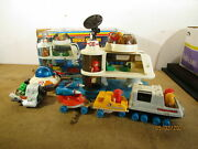 Lil Playmates Space Station 1984 Playset