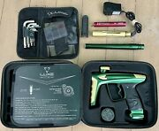Dlx Luxe Ice Paintball Marker - Green With Gold Accents