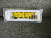 Con-cor Trains Freight Car 001762 Chicago N Western 47and039 Covered Hopper Mib