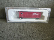 Con-cor N Train Freight Car 001751 Great Northern 40' Plug And Slide Door Boxcar