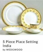 Wedgewood China 5 Pc Place Settings Service For 8