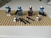Lego Star Wars Minifigures Clone Troopers Lot Of 4 Plus Accessories And Weapons