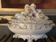 Vintage 1940's - 1950's Royal Sealy Covered Dish Charming