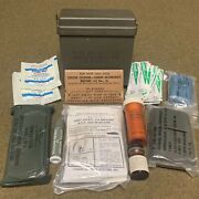 1970andrsquos Us Military Insert First Aid Kit Case W/ Contents 6545-00-125-5527