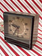 Vintage 1970s General Electric Company Lighted Dial Alarm Clock Model 7393-3