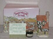David Winter Cottages - The Beekeeper's - Collector's Guild