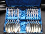 12 Tea Spoons And Tongs Kings Pattern Boxed Sterling Silver Marked London 1886