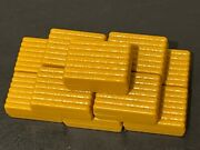 Ertl Yellow Hay Bales 164 Scale 11 Piece Farm Toy Accessory Lot