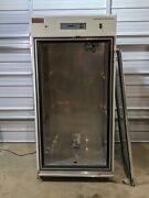 Thermo Forma Reach-in Co2 Incubator Model 3950 / Damage To Glass Door