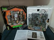 Black Castle - 2009 Lemax Spooky Town - Retired And Rare - Brand New - Complete