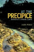 At The Precipice New Paskus Laura University Of New Mexico Press Paperback Soft