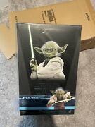 Hot Toys Star Wars Attack Of The Clones Yoda Mms495 1/6 Sideshow Disney