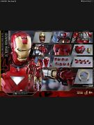 Hot Toys – Mms378d17 – The Avengers 1/6th Scale Iron Man Mark Vi Action Figure