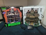 Gothic Haunted Mansion - 2011 Lemax Spooky Town - Retired - Near Mint Condition