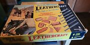Vtg Tandy Leathercraft Beginners Kit Snap All.tools, Patterns. Leather Material