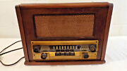 Old Antique Wood Silvertone Vintage Tube Radio - Tested And Working Table Top
