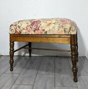 Vintage Mid Century Vanity/sewing/piano Floral Upholstered Wood Stool/bench