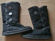 Uggs Boots Size 7 Women's Black Preowned Excellent Condition