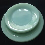 Vintage Fire King Jadeite Restaurant Ware 2 Salad And 2 Bread And Butter Plates
