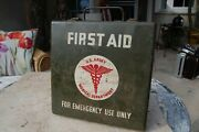 Vintage Wwii Us Army Medical Department Emergency Use First Aid Kit Box