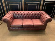 Vintage Chesterfield Sofa Salmon Farbendes Leather With Numerous Quilting