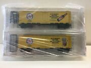 N Scale Micro Trains Special Run 99-11 Fitz's Root Beer 2-pack