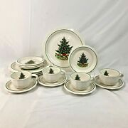 16 Piece Set Pfaltzgraff Heritage White Christmas Dinner Bread Plate Cup Saucer