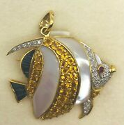 Fish Brooch - 18kt Yellow Gold With Yellow And Blue Sapphire Mother-of-pearl