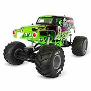 Axial Smt10 Grave Digger Rc Monster Truck Rtr With 2.4ghz Radio Transmitter S...