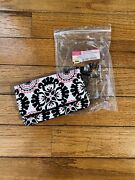 Thirty One Nwt Free To Be Soft Wallet Pink Pop Medallion