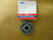 377885 Johnson Evinrude Omc Lower Unit Bearing And Seal Housing