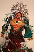 Dragonball Af 14 Ssj5 Broly Resin - Led Lighted Base And Interchangeable Hand