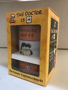 Peanuts Psychiatric Help Kit The Doctor Is In - Lucy Charlie Brown Snoopy