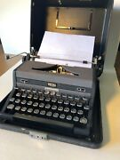 Vintage Royal Quiet Deluxe Typewriter With Hard Case
