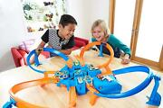 Hot Wheels Track With Boosters Figure 8 Crashing Kit Collectors Toys Matchbox Pk
