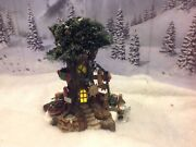 Dept 56 North Pole Woods - Trim A Tree Factory 56884 Retired 2001