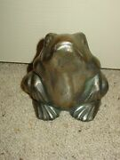 Vintage Cast Iron Figural Frog Toad Doorstop Paperweight Garden Country Accent