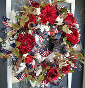 Deluxe Americana 4th Of July Floral Patriotic Front Door Wreath Home Decoration