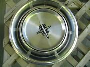 One Vintage 1970 1973 Lincoln Continental Premier Town Car Hubcap Wheel Cover