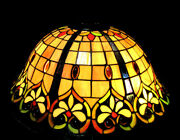 Stained Glass Pendant Lamp 3 Bulb 60w Max Each 20 Dia. Ceiling Chandelier Light