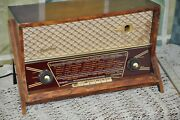 Vintage Rare Familial Tube Radio For Repair Or Parts Use
