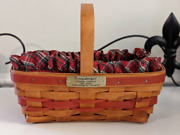 Signed 1990 Longaberger Christmas Collection Gingerbread Basket With Liner