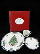 Johnson Brothers Victorian Christmas China Dinnerware 3 Pc Place Setting New