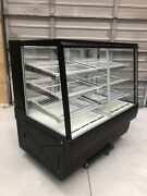 Federal Sgr5048dz 50 Full Service Bakery Case W/ Curved Glass - 4 Levels