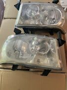 08 Toyota Sequoia Left And Right Used Headlamp 2008 May Need A Little Buffing