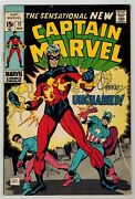 Captain Marvel 17 - 1st New Costume - Signed By Steranko, Thomas And Kane - Fn-