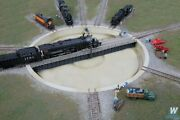 Walthers Motorized 130and039 Turntable Assembled N Scale Train