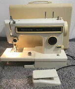 Sears Kenmore 158.1340280 Ultra Stitch 6 Sewing Machine And Pedal Free Arm Zigzag