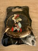 Disney D23 Wdi Pirates Of The Caribbean Hat Robber Le 300 Pin